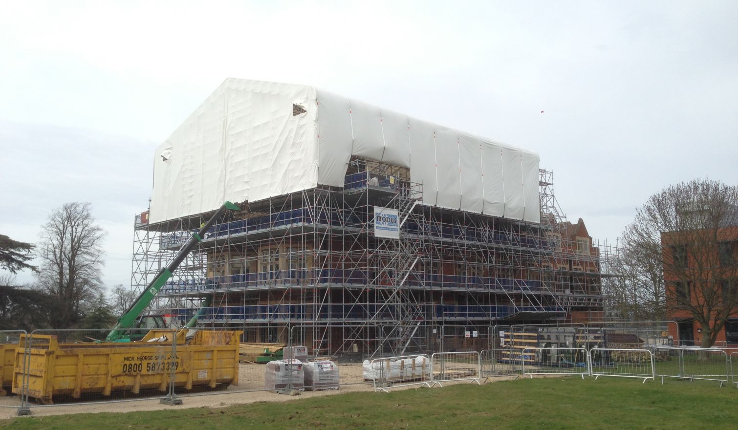 Tempsford Hall - Layher Keder XL Rolling Roof and Allround Access Scaffold
