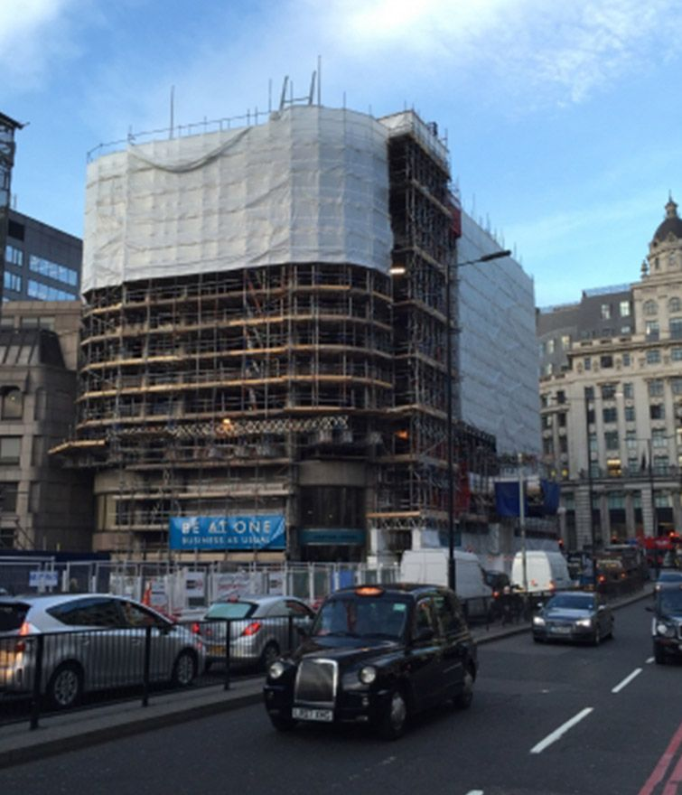 King William Street - Pavement Loading Gantry, Hoist Run-off and Cantilever Truss-out